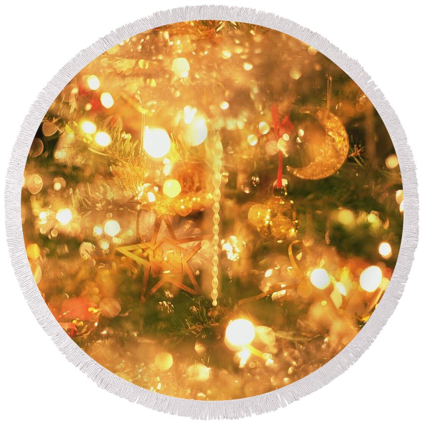 Light Round Beach Towel featuring the photograph Christmas Lights by Robert Hallmann