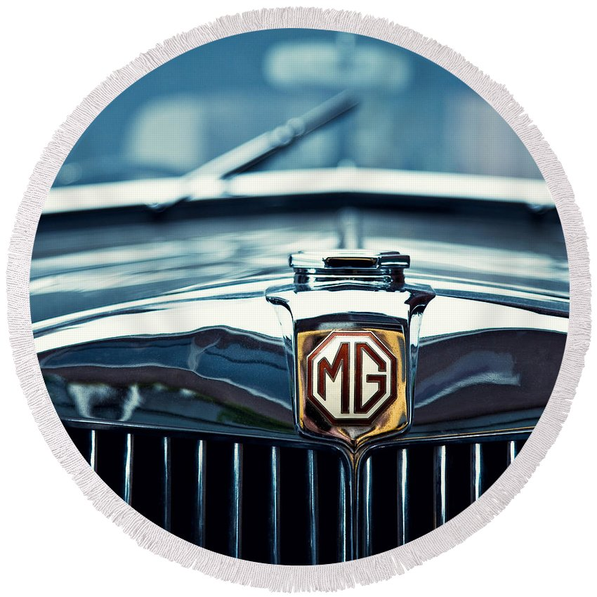 Mg Wa Round Beach Towel featuring the photograph Classic Marque by Dave Bowman