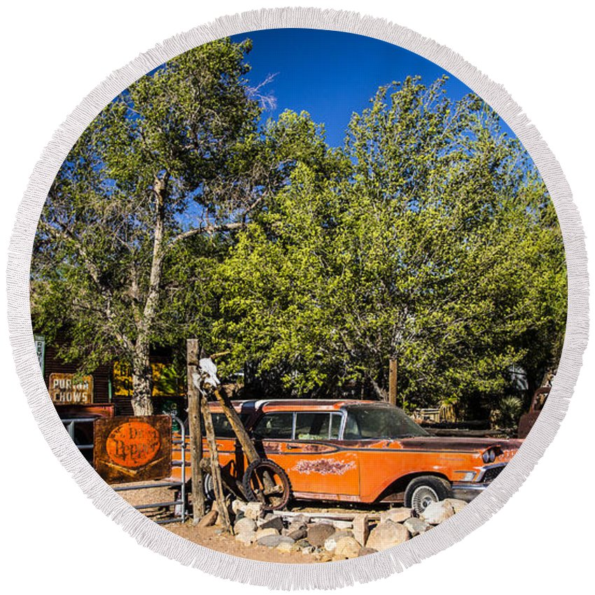 Route 66 Round Beach Towel featuring the photograph Classics by Angus Hooper Iii