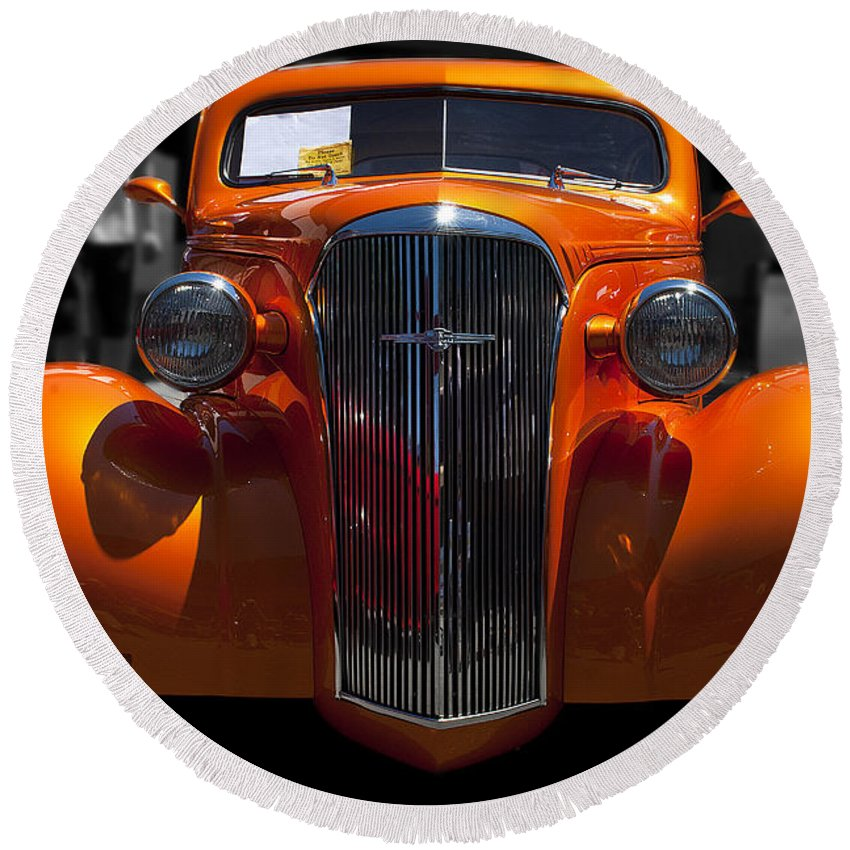 Car Round Beach Towel featuring the photograph Classy Sassy by Les Lorek