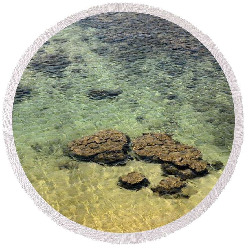 Galle Round Beach Towel featuring the photograph Clear Indian Ocean Water With Rocks At Galle Sri Lanka by Imran Ahmed