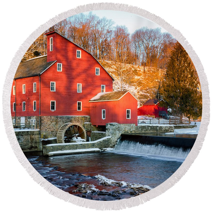 Building Round Beach Towel featuring the photograph Clinton Mill In Winter by Jerry Fornarotto