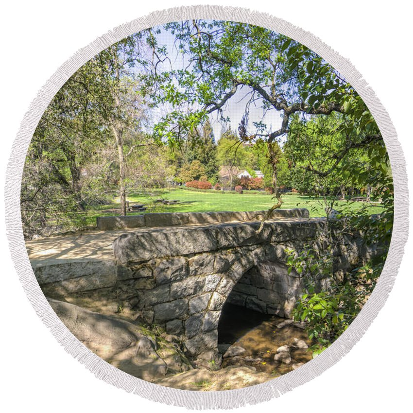 Historic Sites Round Beach Towel featuring the photograph Clover Valley Park Bridge by Jim Thompson