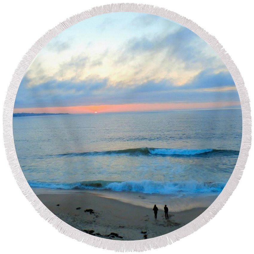 Art Round Beach Towel featuring the photograph Coastal Ribbon Candy by T Cook