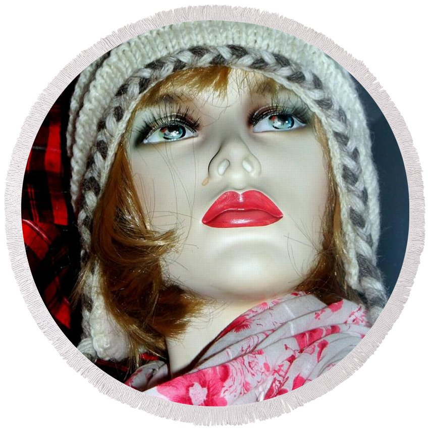 Mannequins Round Beach Towel featuring the photograph Cold Weather Cutie by Ed Weidman