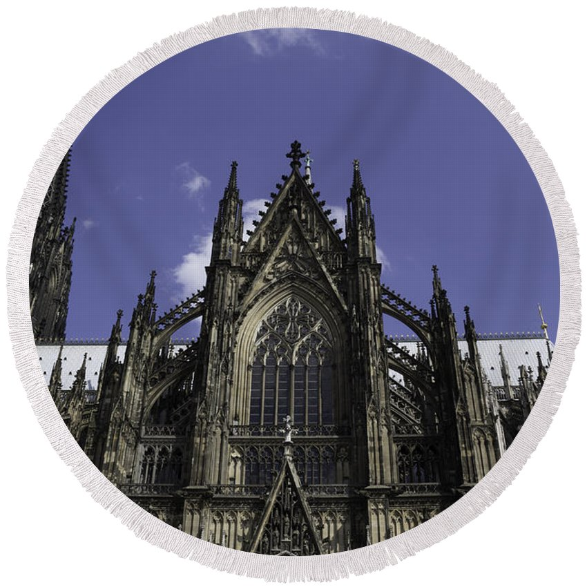 2014 Round Beach Towel featuring the photograph Cologne Cathedral 03 by Teresa Mucha