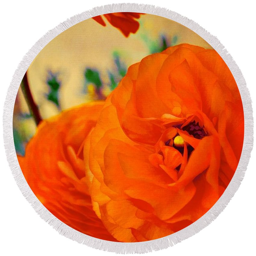 Floral Round Beach Towel featuring the photograph Color 149 by Pamela Cooper