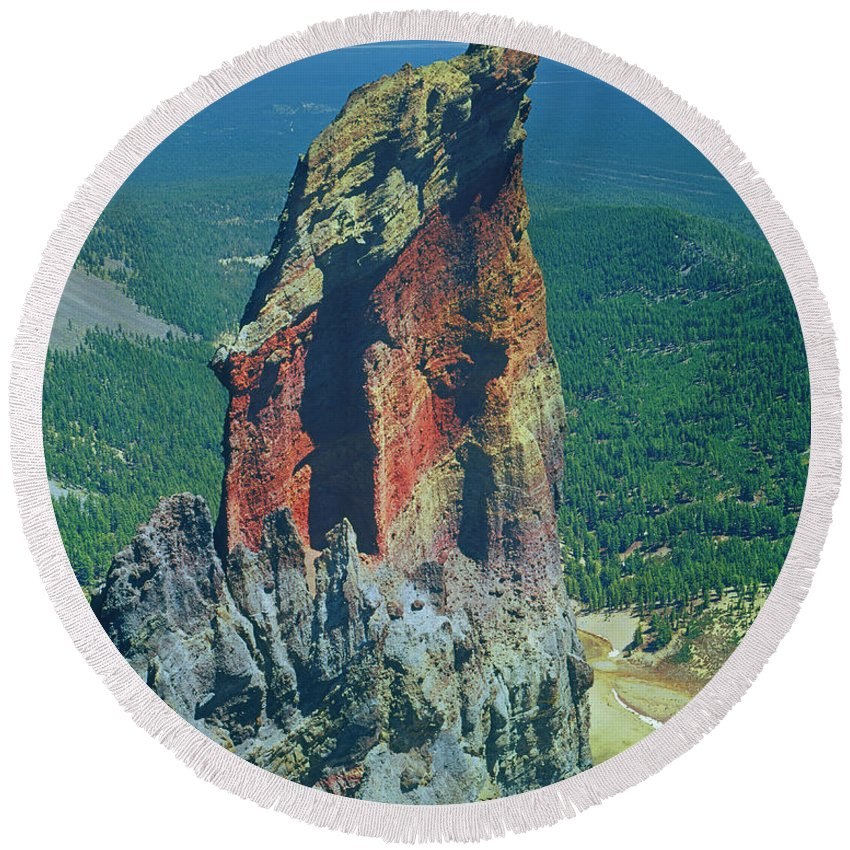 Volcanic Plug Round Beach Towel featuring the photograph 105830-colorful Volcanic Plug by Ed Cooper Photography