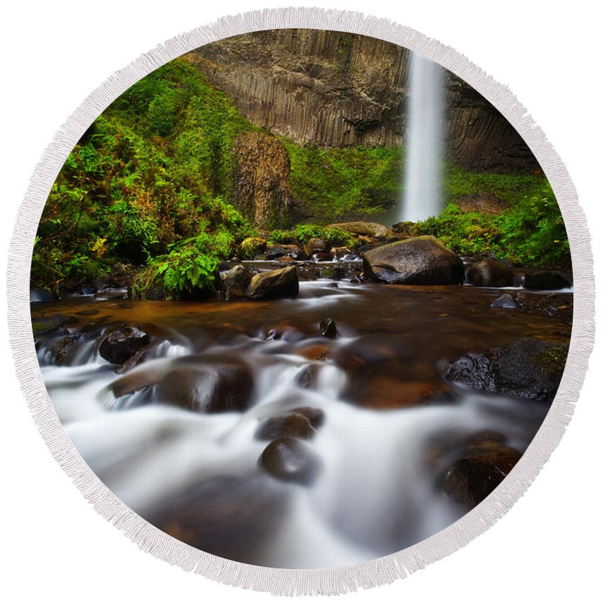Lush Round Beach Towel featuring the photograph Columbia Gorge Richness by Darren White