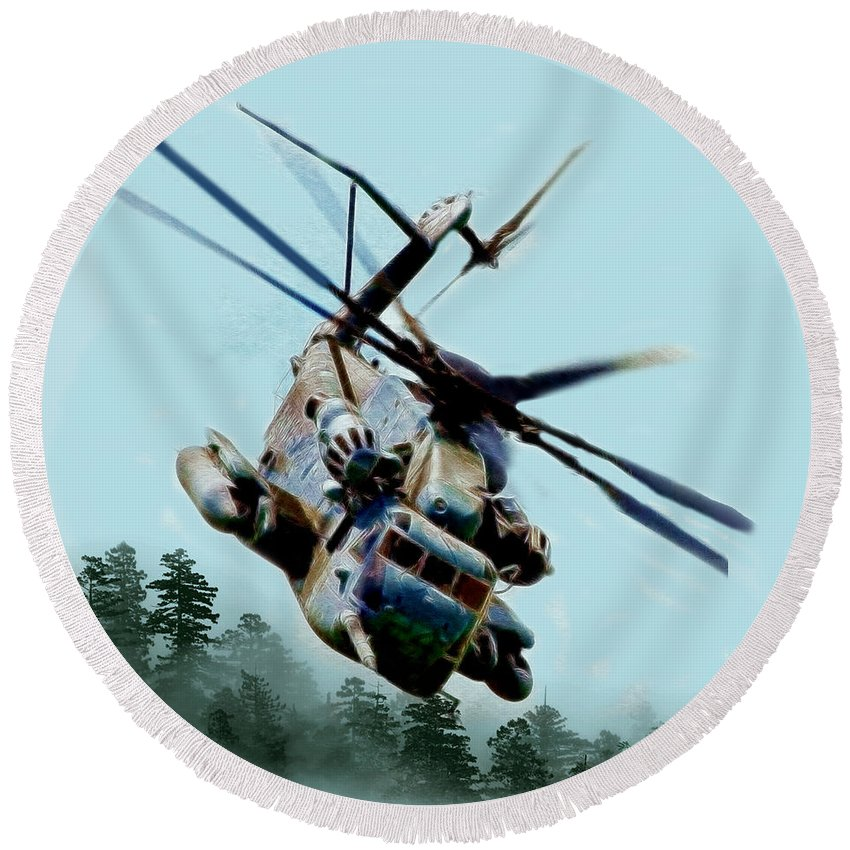 Helicopter Round Beach Towel featuring the photograph Coming Home by Ericamaxine Price
