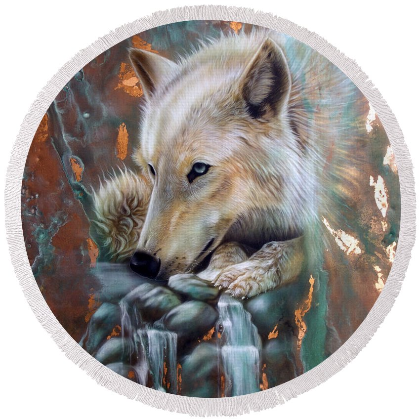 Copper Round Beach Towel featuring the painting Copper Arctic Wolf by Sandi Baker