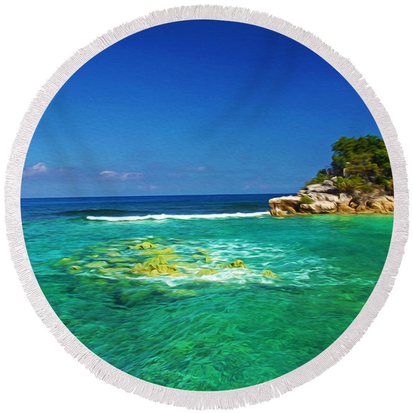 Haiti Round Beach Towel featuring the photograph Coral Seas Haiti by Laura D Young