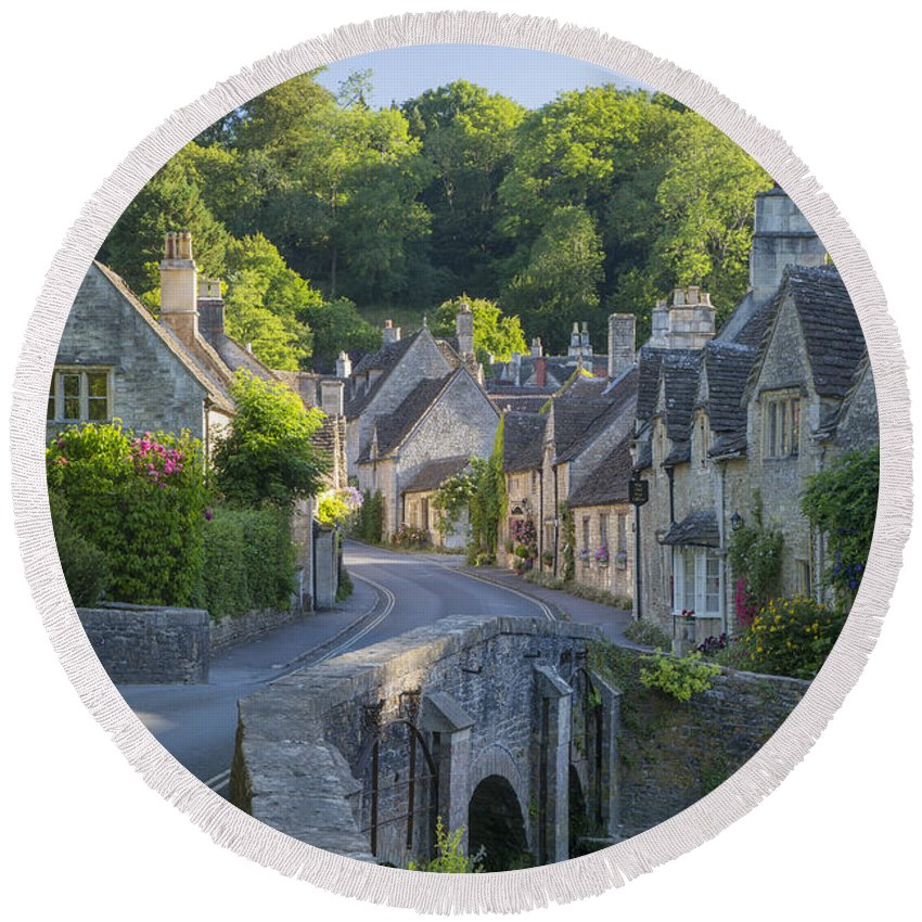 Beautiful Round Beach Towel featuring the photograph Cotswold Village by Brian Jannsen