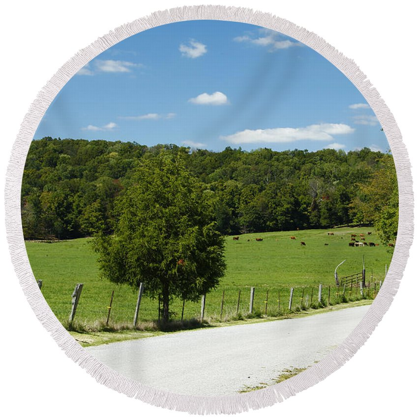 Southern Illinois Round Beach Towel featuring the photograph Country Roads by Kathy McClure