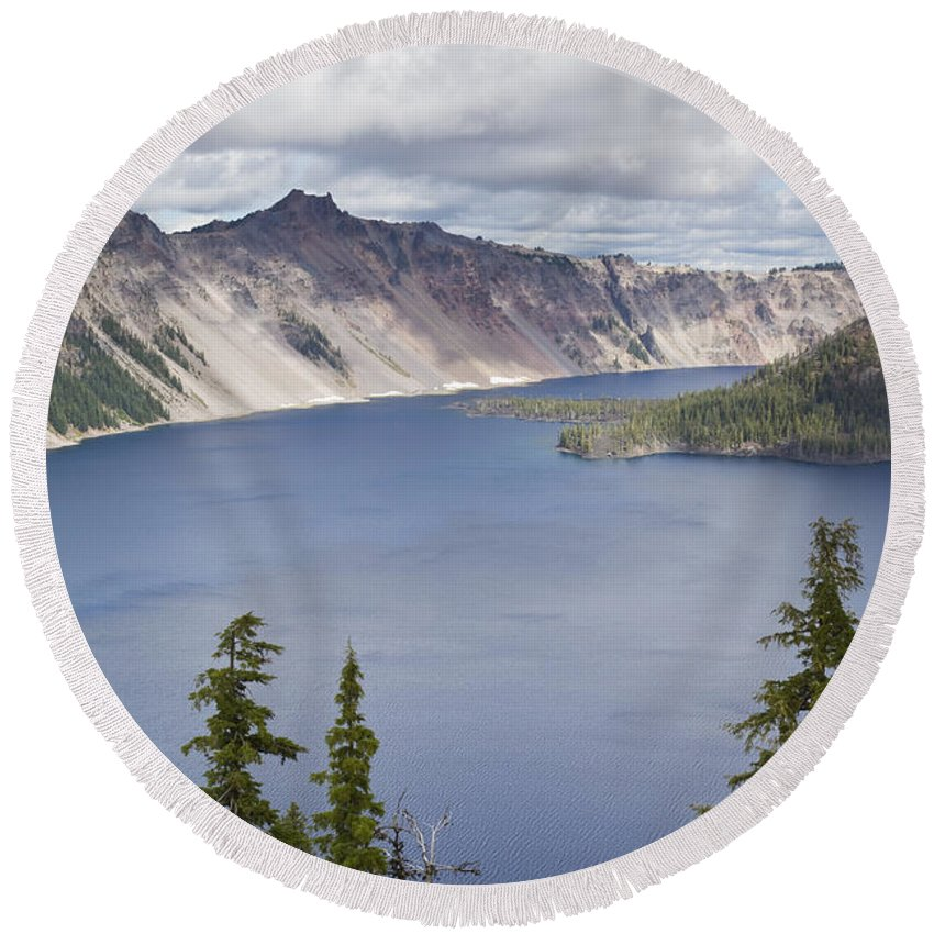 Lake Round Beach Towel featuring the photograph Crater Lake Or 10 by John Brueske