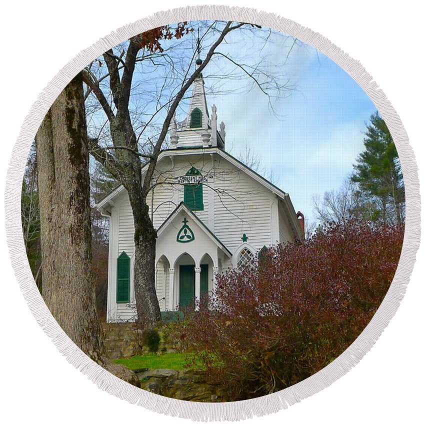 Church Round Beach Towel featuring the photograph Crescent Hill Baptist Church by Denise Mazzocco