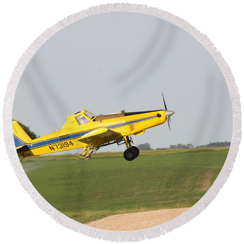 Plane Round Beach Towel featuring the photograph Crop Duster by Lori Tordsen