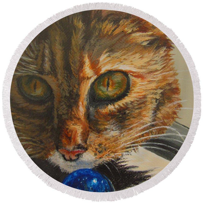 Cat Round Beach Towel featuring the painting Curious by Karen Ilari