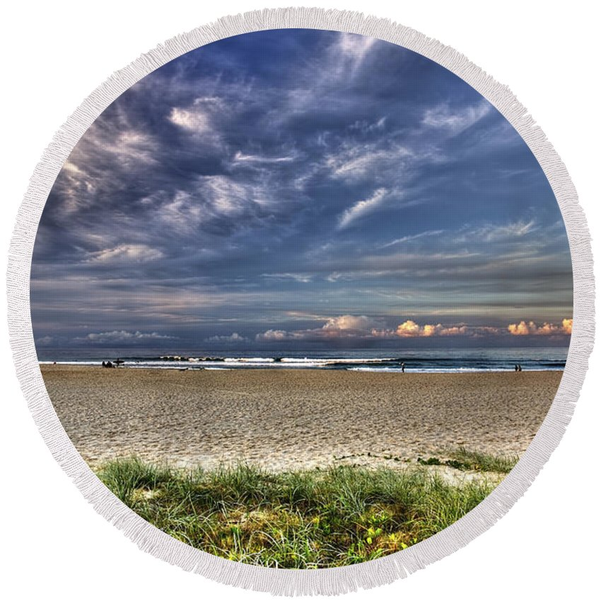 Gold Coast Round Beach Towel featuring the photograph Currumbin Beach On The Gold Coast by Darren Burton