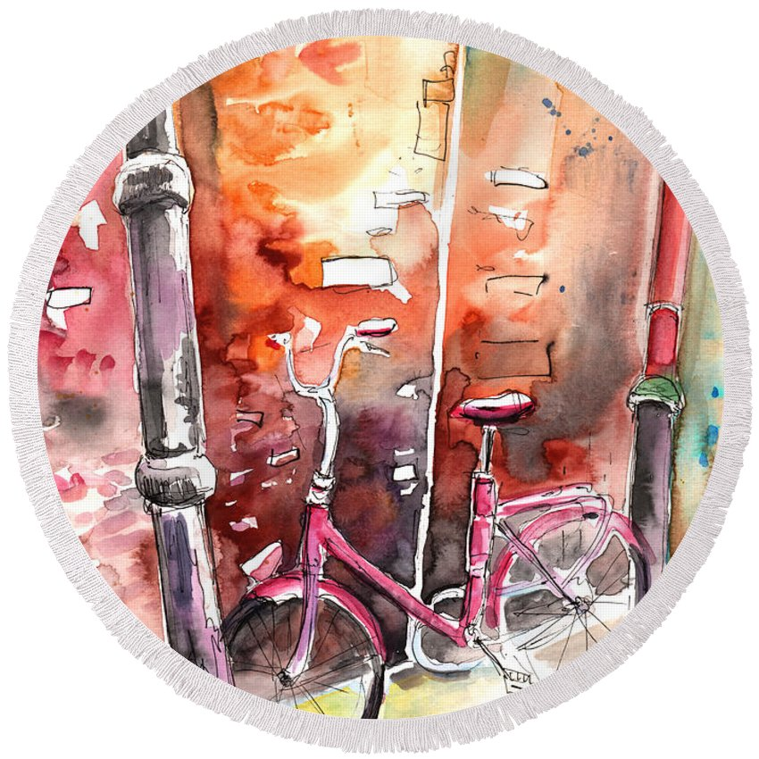 Italy Round Beach Towel featuring the painting Cycling In Italy 02 by Miki De Goodaboom
