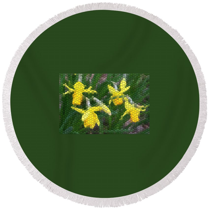 Mosaic Round Beach Towel featuring the photograph Daffies by Kathryn Meyer