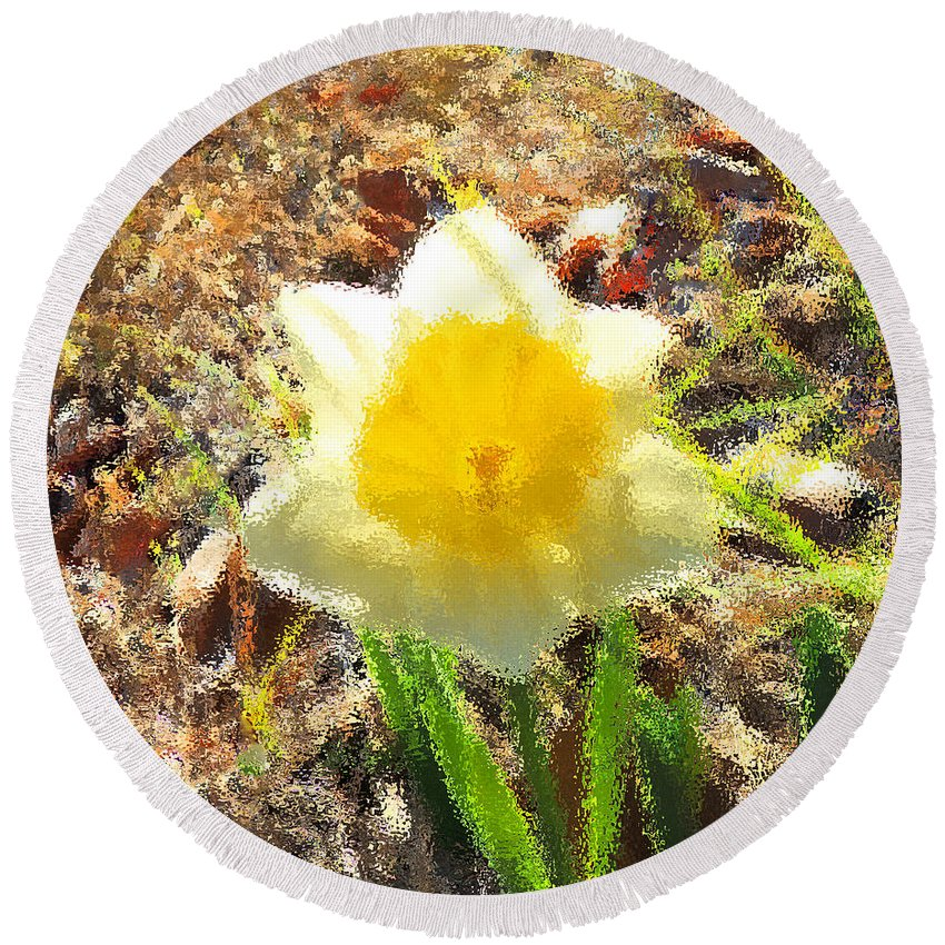 Digital Art Round Beach Towel featuring the photograph Daffodil Under Water by Marian Bell