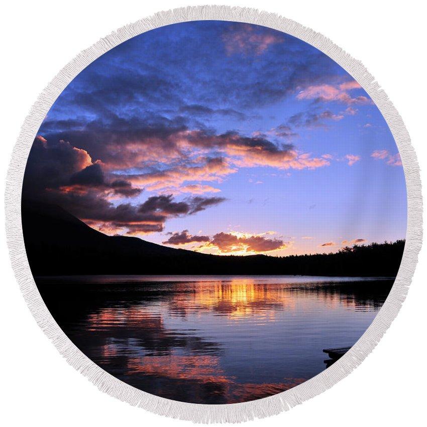 Sunrise Round Beach Towel featuring the photograph Daicey Pond Sunrise II by Terri Winkler