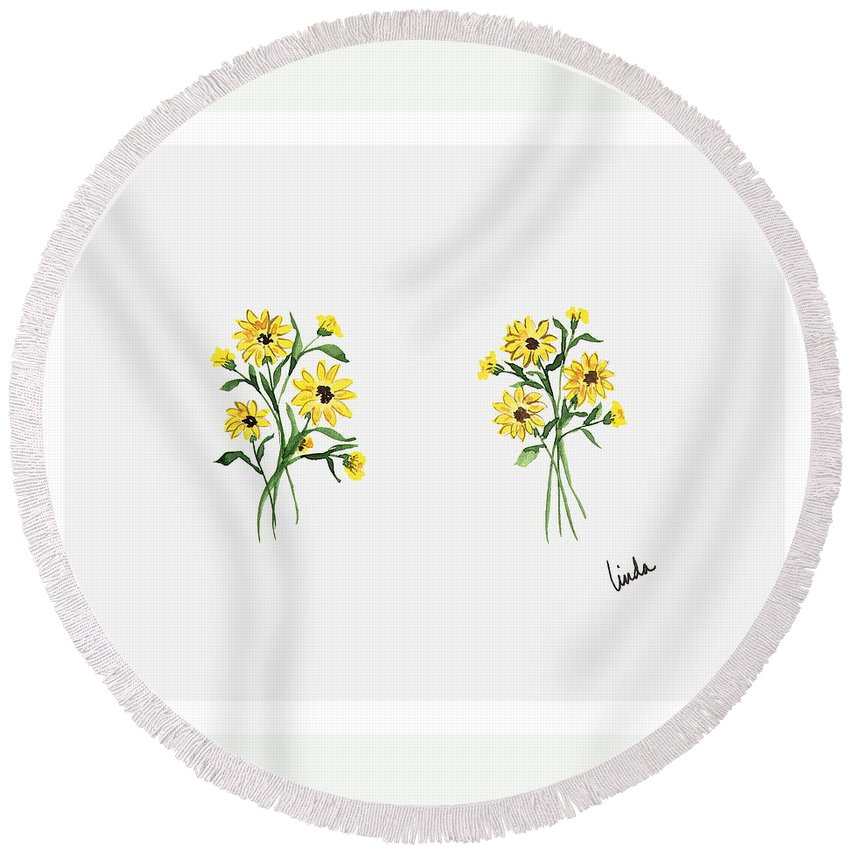 Realism Round Beach Towel featuring the painting Daisies by Linda Wimberly
