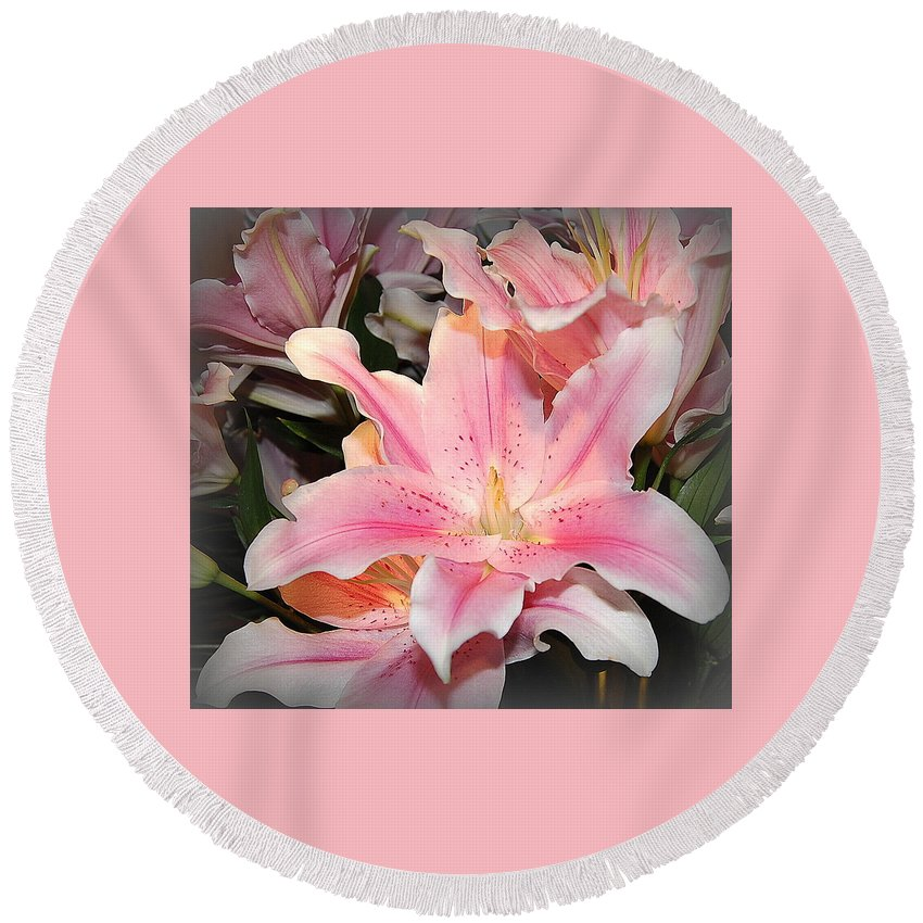 Daylily Round Beach Towel featuring the photograph Pink Daylily In Bloom by James DeFazio