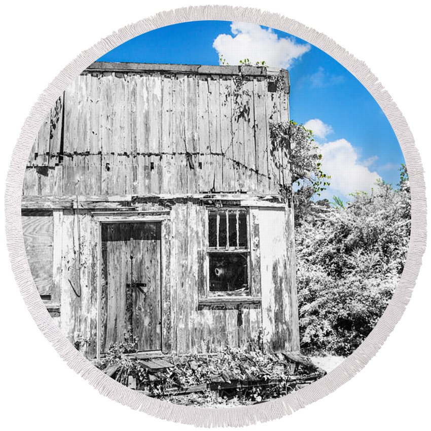 Infrared Round Beach Towel featuring the photograph Days Long Past Ir by Paula OMalley