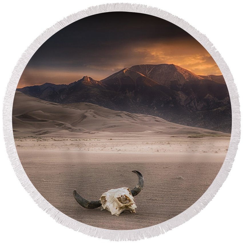 Great Sand Dunes National Park Round Beach Towel featuring the photograph Death In The Desert by Jerry Fornarotto