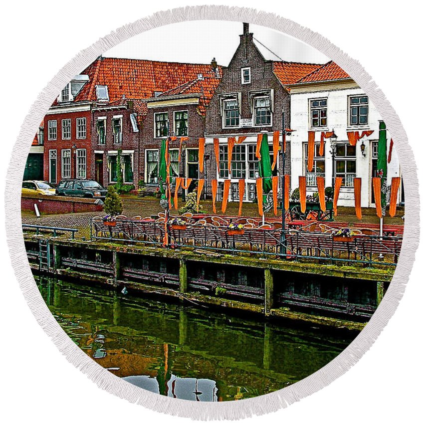 Decorations For Orange Day To Celebrate The Queen's Birthday In Enkhuizen Round Beach Towel featuring the photograph Decorations For Orange Day To Celebrate The Queen's Birthday In Enkhuizen-netherlands by Ruth Hager