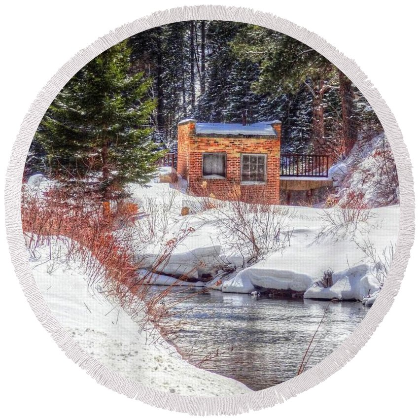 Spearfish Canyon Round Beach Towel featuring the photograph Deep Snow In Spearfish Canyon by Lanita Williams