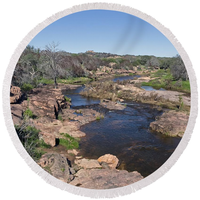 Devil's Waterhole Hill Country Texas Round Beach Towel featuring the photograph Devil's Waterhole by Greg Reed
