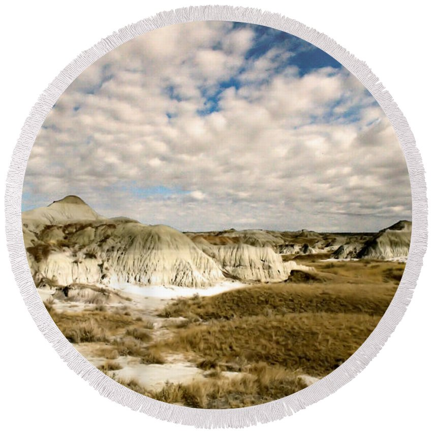 Dinosaur Provincial Park Round Beach Towel featuring the photograph Dinosaur Badlands by Matthew Naiden