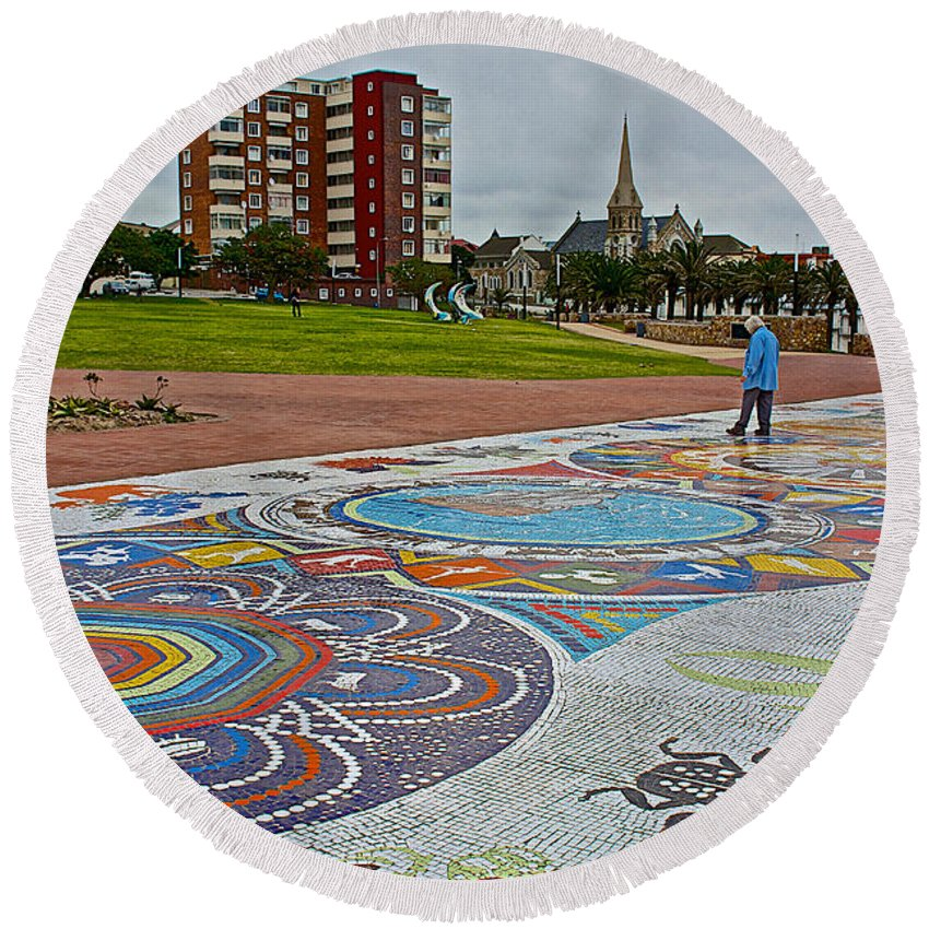 Donkin Reserve In Port Elizabeth Round Beach Towel featuring the photograph Donkin Reserve In Port Elizabeth-south Africa by Ruth Hager