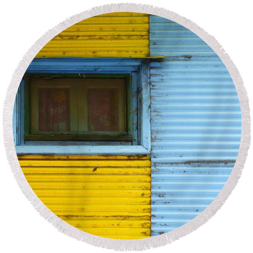 Door Round Beach Towel featuring the photograph Doors And Windows Buenos Aires 15 by Bob Christopher