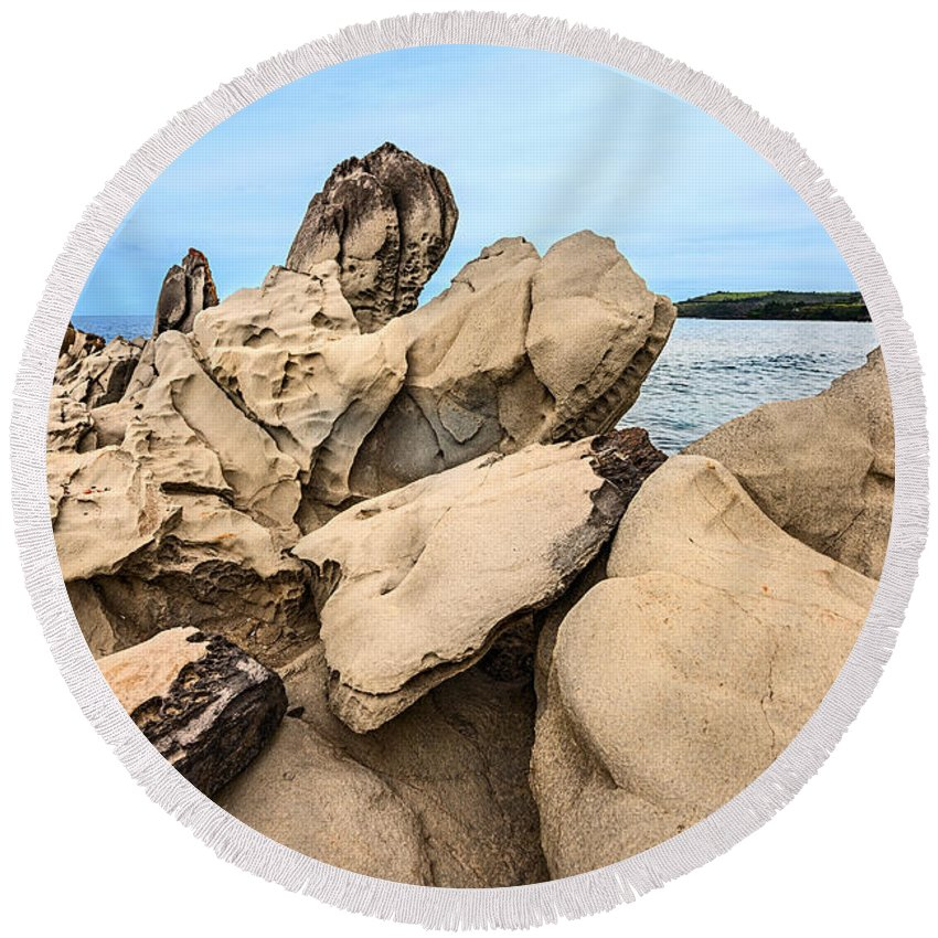 Dragons Teeth Round Beach Towel featuring the photograph Dragon's Teeth Closeup by Jamie Pham