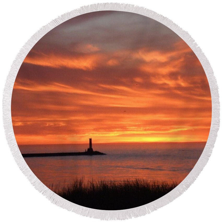 Dramatic Round Beach Towel featuring the photograph Dramatic Flaming Sunset by Susan Wyman