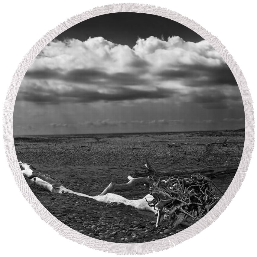 Art Round Beach Towel featuring the photograph Driftwood On The Beach At Whitefish Point by Randall Nyhof