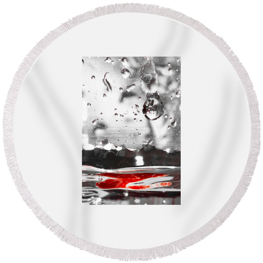 Glass Round Beach Towel featuring the photograph Drops Of Water With Red by Anthony Doudt
