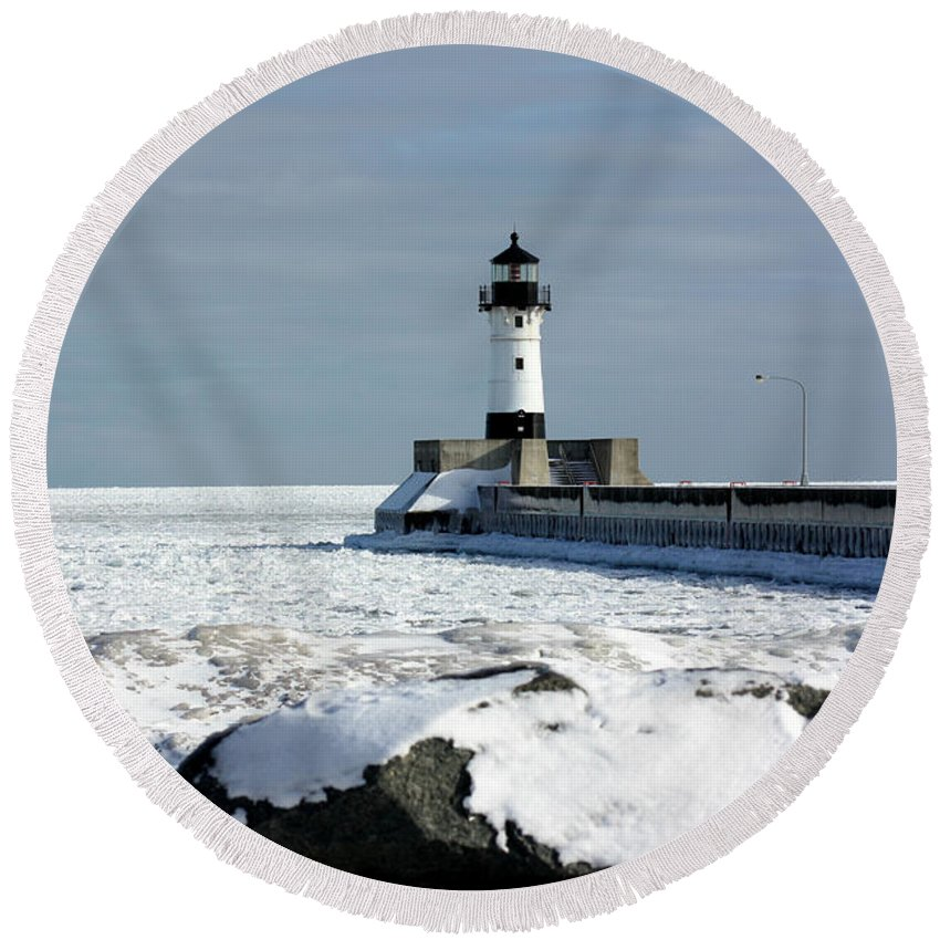 Light House Round Beach Towel featuring the photograph Duluth Harbor Lighthouse by Amanda Stadther
