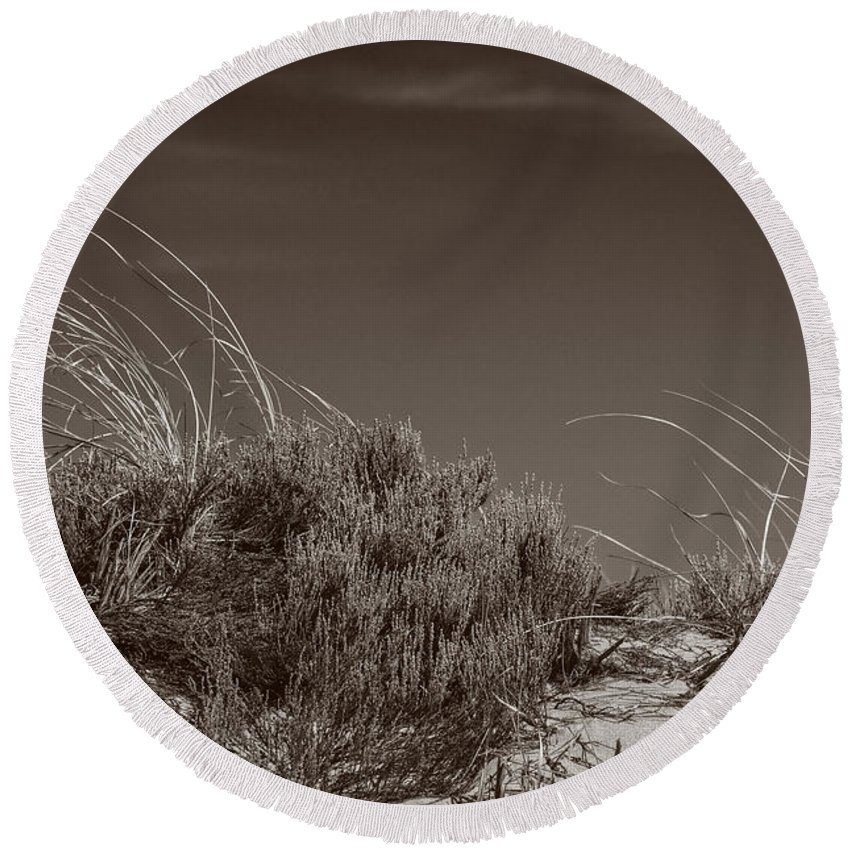 Crane Beach Round Beach Towel featuring the photograph Dune And Blue Sky by David Stone