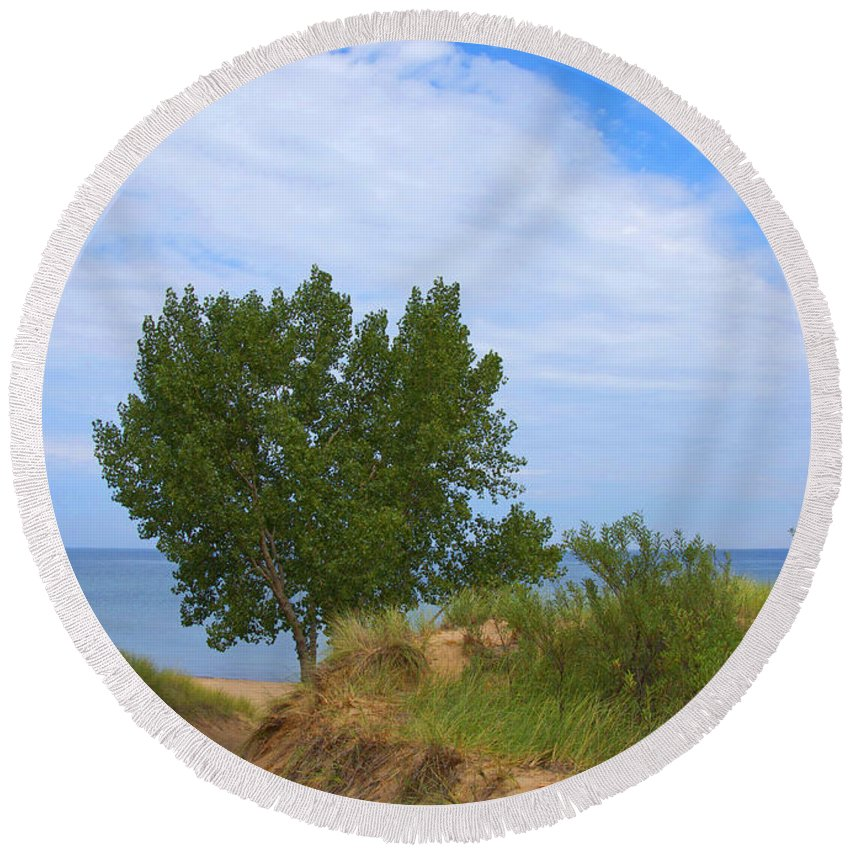 Dune Round Beach Towel featuring the photograph Dune - Indiana Lakeshore by Ann Horn