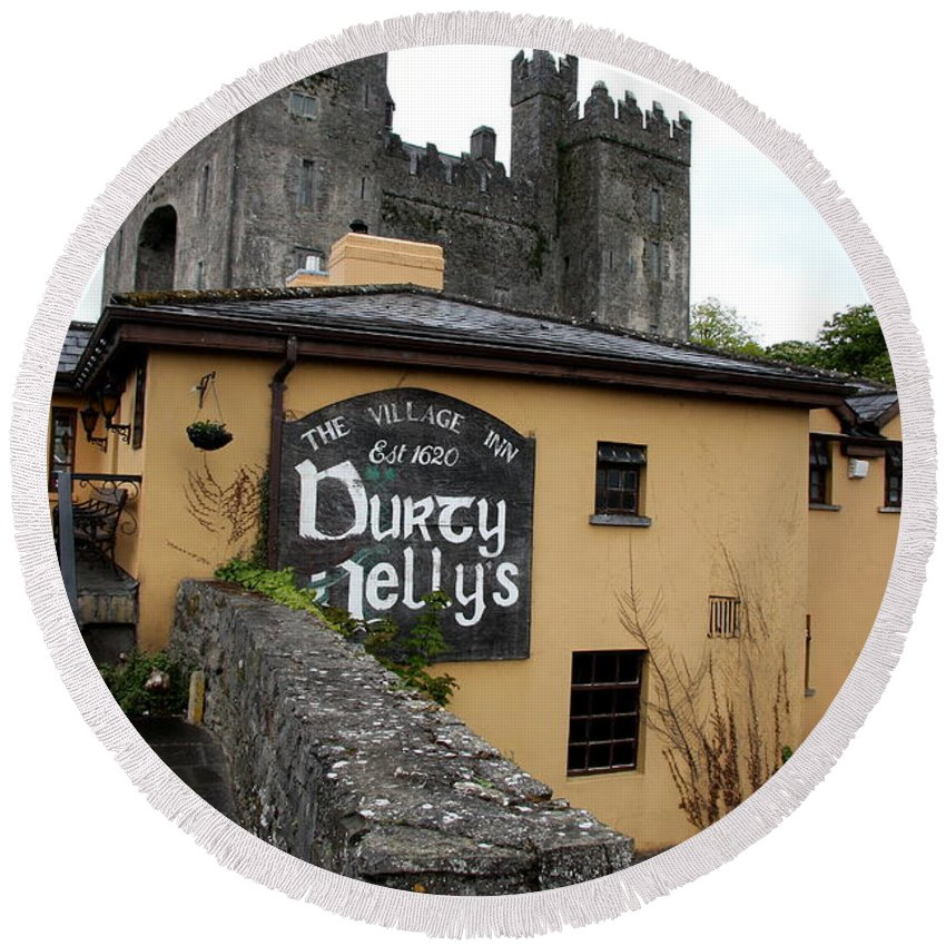 Pub Round Beach Towel featuring the photograph Durty Nellys And Bunraty Castle by Christiane Schulze Art And Photography