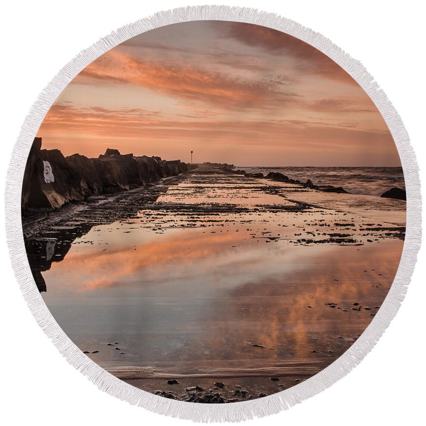 North Jetty Round Beach Towel featuring the photograph Dusk On The North Jetty by Greg Nyquist