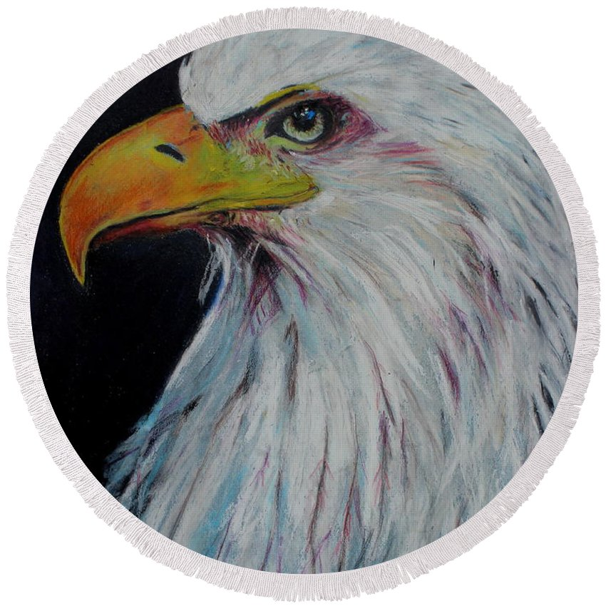 Eagle Round Beach Towel featuring the painting Eagle Eye by Jeanne Fischer