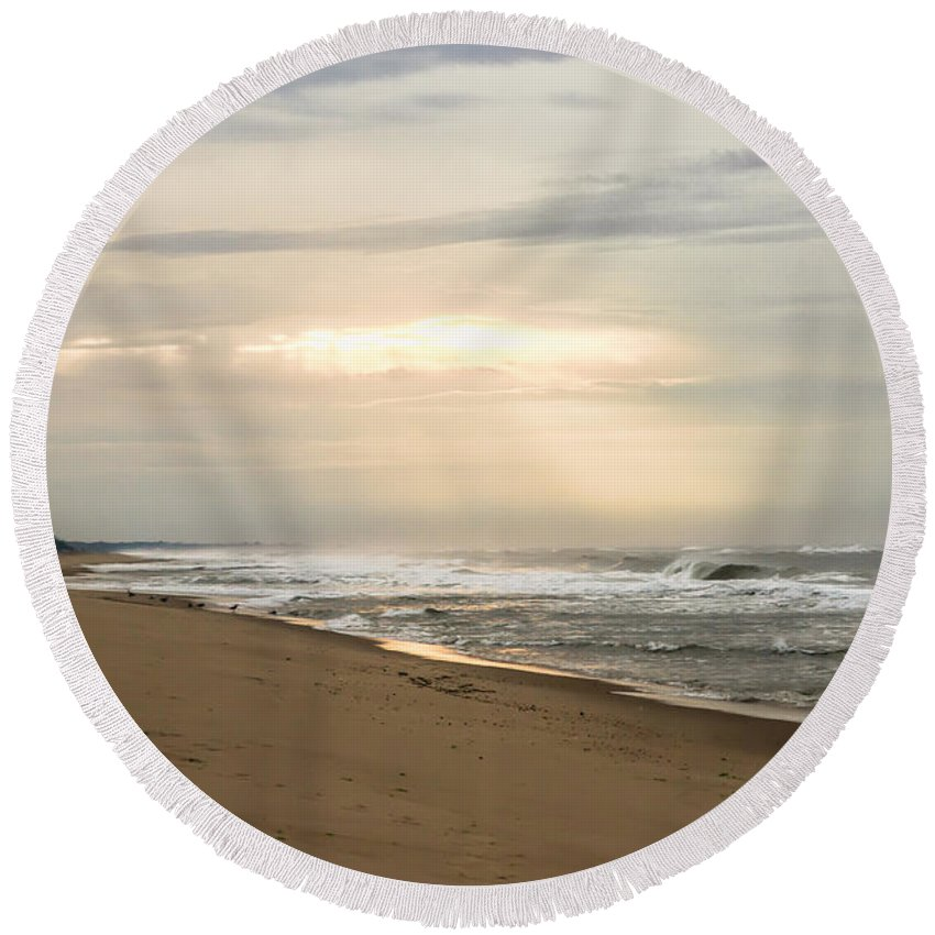Montauk Round Beach Towel featuring the photograph Early Morning By The Shore by A New Focus Photography