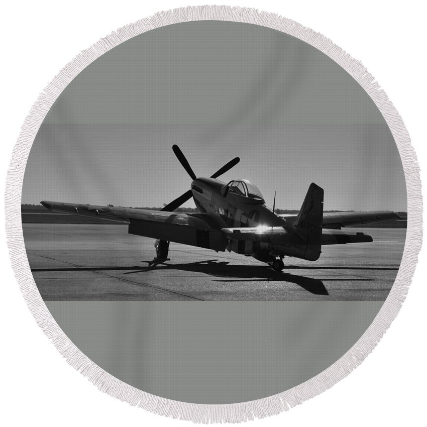 P51 Round Beach Towel featuring the photograph Early Morning Sun by Richard Booth