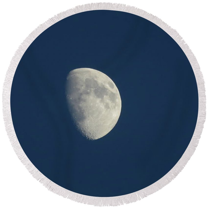 Moon Round Beach Towel featuring the photograph Eastern Moon by Ronald Raymond